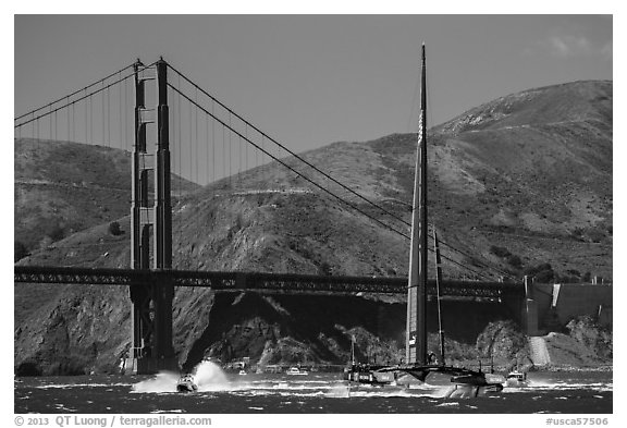 Oracle Team USA AC72 America's cup boat and Golden Gate Bridge. San Francisco, California, USA (black and white)