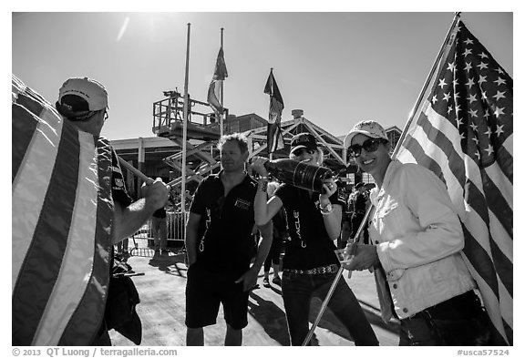 Supporters of team USA celebrating victory in America's Cup. San Francisco, California, USA (black and white)