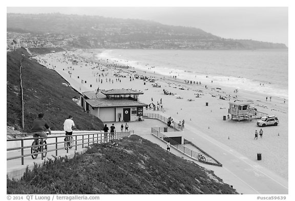 Beach from access ramp, Redondo Beach. Los Angeles, California, USA (black and white)