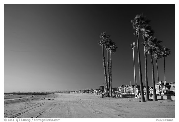 Deserted beach in winter. Newport Beach, Orange County, California, USA (black and white)