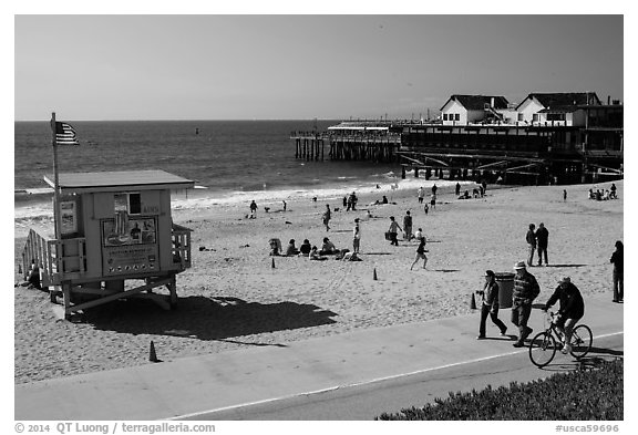 Redondo Beach pier, Redondo Beach. Los Angeles, California, USA (black and white)