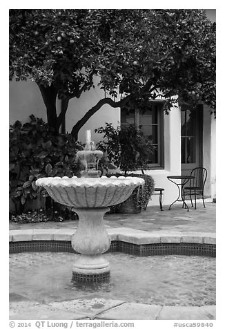 Fountain, Historic Paseo. Santa Barbara, California, USA (black and white)