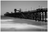 Oceanside Pier. California, USA ( black and white)
