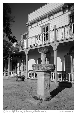 Fountain and Zanetta House, San Juan Bautista State Historical Park. San Juan Bautista, California, USA (black and white)