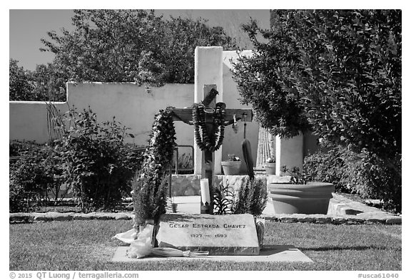 Grave of Cesar Chavez, Cesar Chavez National Monument, Keene. California, USA (black and white)