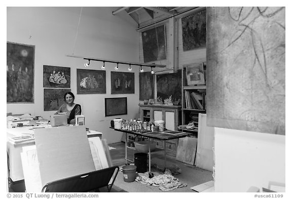 Artist in painting studio. Berkeley, California, USA (black and white)