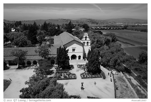 Aerial view of Mission San Juan Bautista. San Juan Bautista, California, USA (black and white)