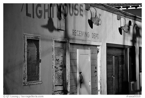 Old warehouse, sunset, Fisherman's Wharf. San Francisco, California, USA (black and white)