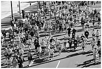 Crowds in the streets during the Bay to Breakers annual race. San Francisco, California, USA (black and white)