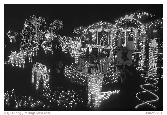 black and white picture photo house christmas lights san jose