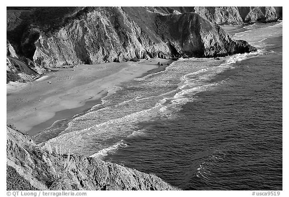 Beach near Devil's slide, sunset. San Mateo County, California, USA (black and white)