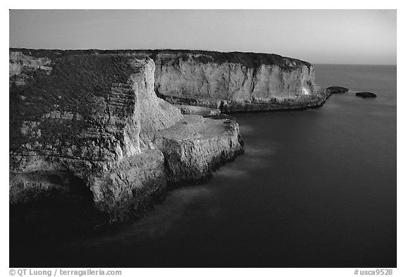 Cliffs at dusk, Wilder Ranch State Park. California, USA (black and white)