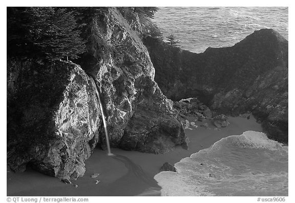 McWay Cove waterfall, late afternoon. Big Sur, California, USA (black and white)
