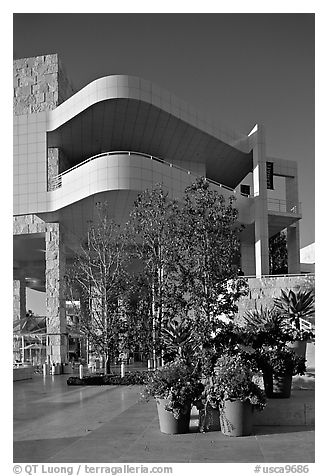 Getty Museum, designed by Richard Meier, Brentwood. Los Angeles, California, USA (black and white)