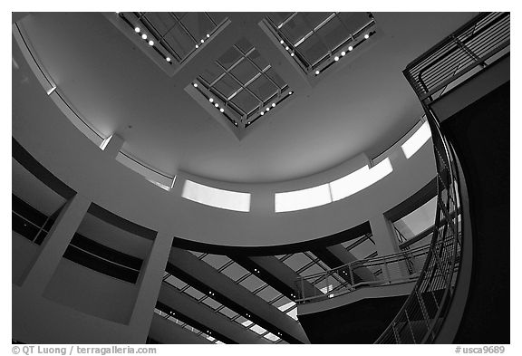 Interior of Entrance Hall of Museum, sunset, Getty Center, Brentwood. Los Angeles, California, USA (black and white)