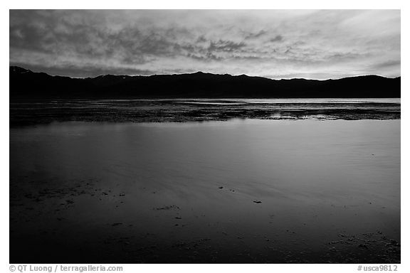 Bridgeport Reservoir, sunset. California, USA (black and white)
