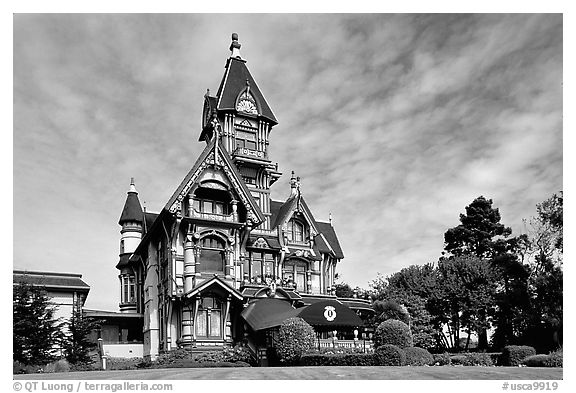 Black and white picture photo carson mansion the most famous victorian building of eureka california usa