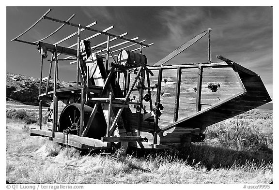 Wooden agricultural machine. California, USA (black and white)
