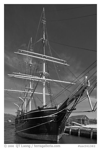 Charles W Morgan historic wooden whaleship. Mystic, Connecticut, USA (black and white)