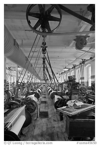 Northrop loom manufactured by Draper Corporation in the textile museum, Lowell National Historical Park. Massachussets, USA (black and white)