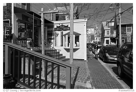 Commercial Street, Provincetown. Cape Cod, Massachussets, USA (black and white)