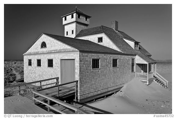 Historic life-saving station, Race Point Beach, Cape Cod National Seashore. Cape Cod, Massachussets, USA (black and white)