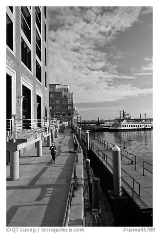 Ferry harbor waterfront. Boston, Massachussets, USA (black and white)