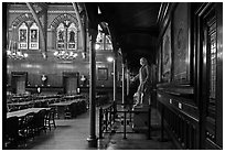 Annenberg Hall, Memorial Hall, Harvard University, Cambridge. Boston, Massachussets, USA ( black and white)