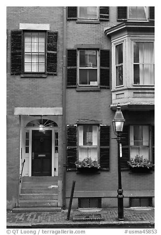 Brick residential houses, Beacon Hill. Boston, Massachussets, USA (black and white)