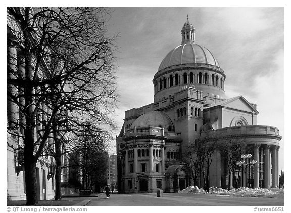First Church of Christ, Scientist (mother building). Boston, Massachussets, USA (black and white)