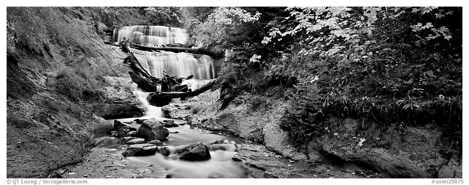 Waterfall in autumn. Upper Michigan Peninsula, USA (black and white)