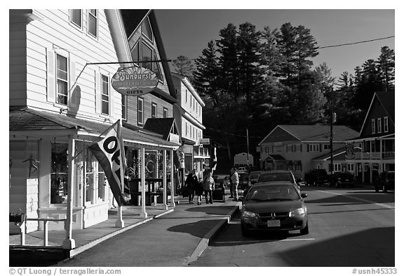 Street, North Woodstock. New Hampshire, USA (black and white)