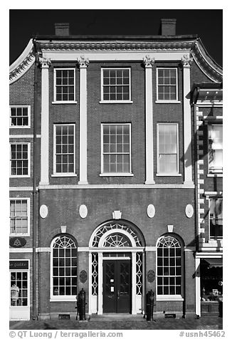 Portsmouth Athaneaum. Portsmouth, New Hampshire, USA (black and white)
