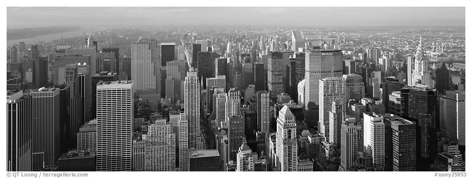 New York cityscape. NYC, New York, USA (black and white)