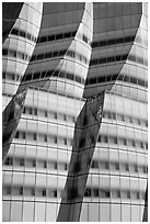 Curves evoking sails in IAC building. NYC, New York, USA (black and white)