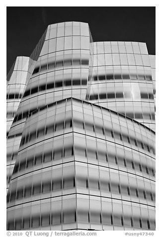Frank Gehry designed IAC building. NYC, New York, USA (black and white)