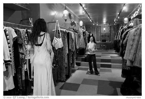 Inside boutique clothing store, SoHo. NYC, New York, USA (black and white)