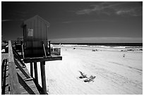 Sandy beach, Long Beach. Long Island, New York, USA ( black and white)