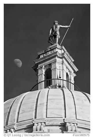 Moon, Dome and gold-covered bronze statue of Independent Man. Providence, Rhode Island, USA (black and white)