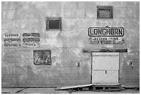 Longhorn store, Scenic. South Dakota, USA ( black and white)