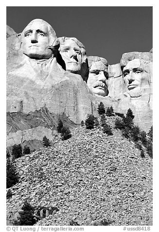 Faces of Four US Presidents carved in stone, Mt Rushmore National Memorial. South Dakota, USA (black and white)