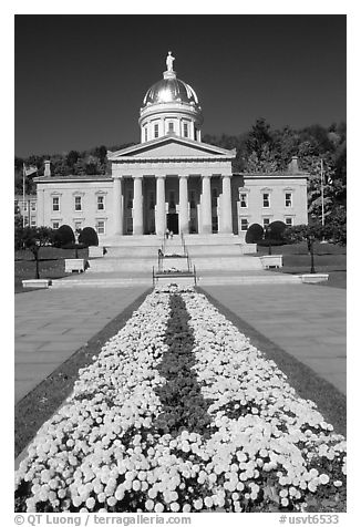 State House, Montpellier. Vermont, New England, USA (black and white)