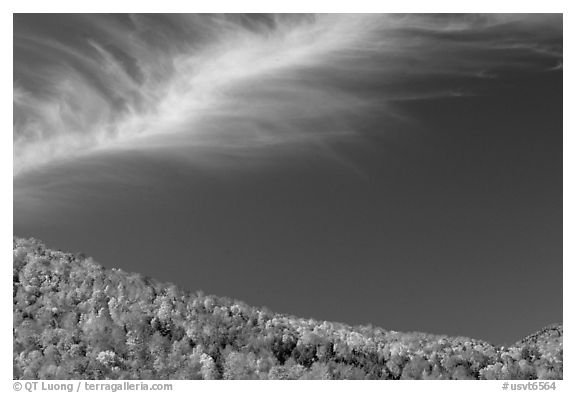 Hills and cloud, Green Mountains. Vermont, New England, USA (black and white)