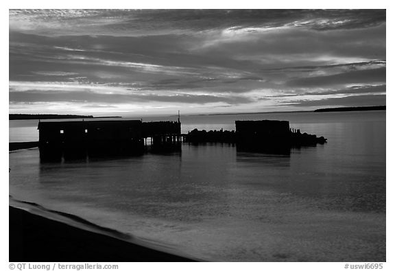 Sunset over Lake Superior, Apostle Islands National Lakeshore. Wisconsin, USA (black and white)