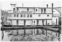 Paddle steamer reconverted into Bed and Breakfast. Newport, Oregon, USA (black and white)