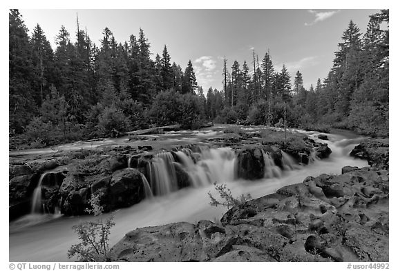Black and White Picture/Photo: Rogue river cascading over ...