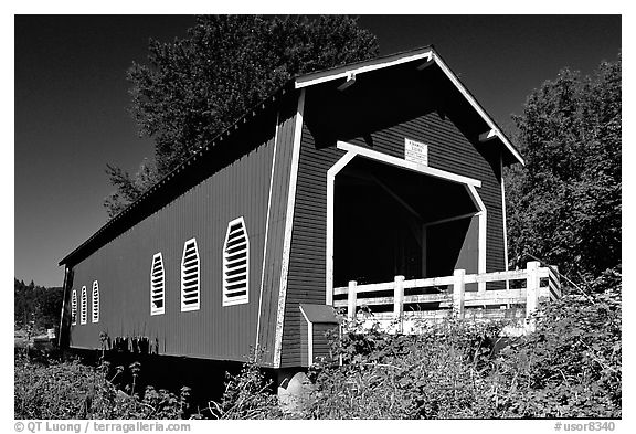 Red covered bridge, Willamette Valley. Oregon, USA (black and white)