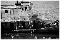Shipwreck near Coquille River. Oregon, USA ( black and white)