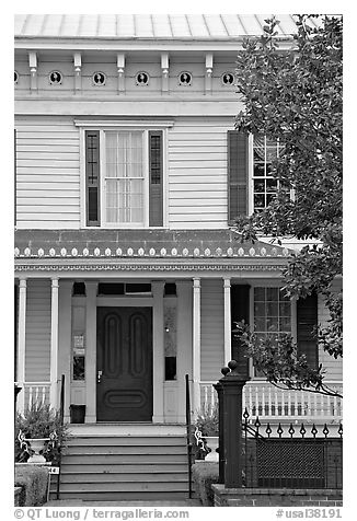 First White House of the Confederacy facade detail. Montgomery, Alabama, USA (black and white)