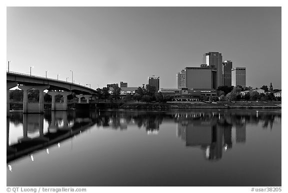 Bridge and skyline at dawn. Little Rock, Arkansas, USA (black and white)
